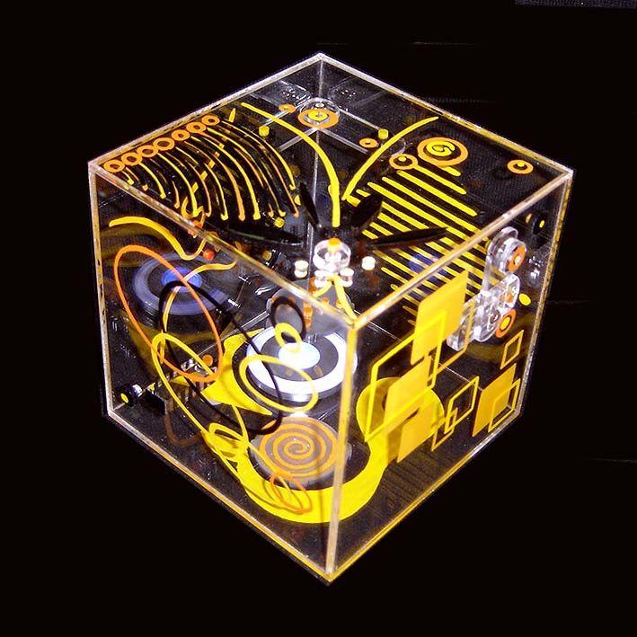 Filée Dominique - DIF - Cube jaune